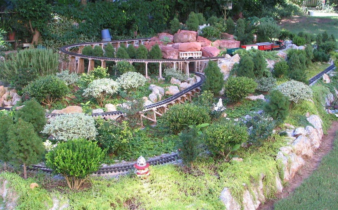 Another overview of Sandflea and Redbud Railway